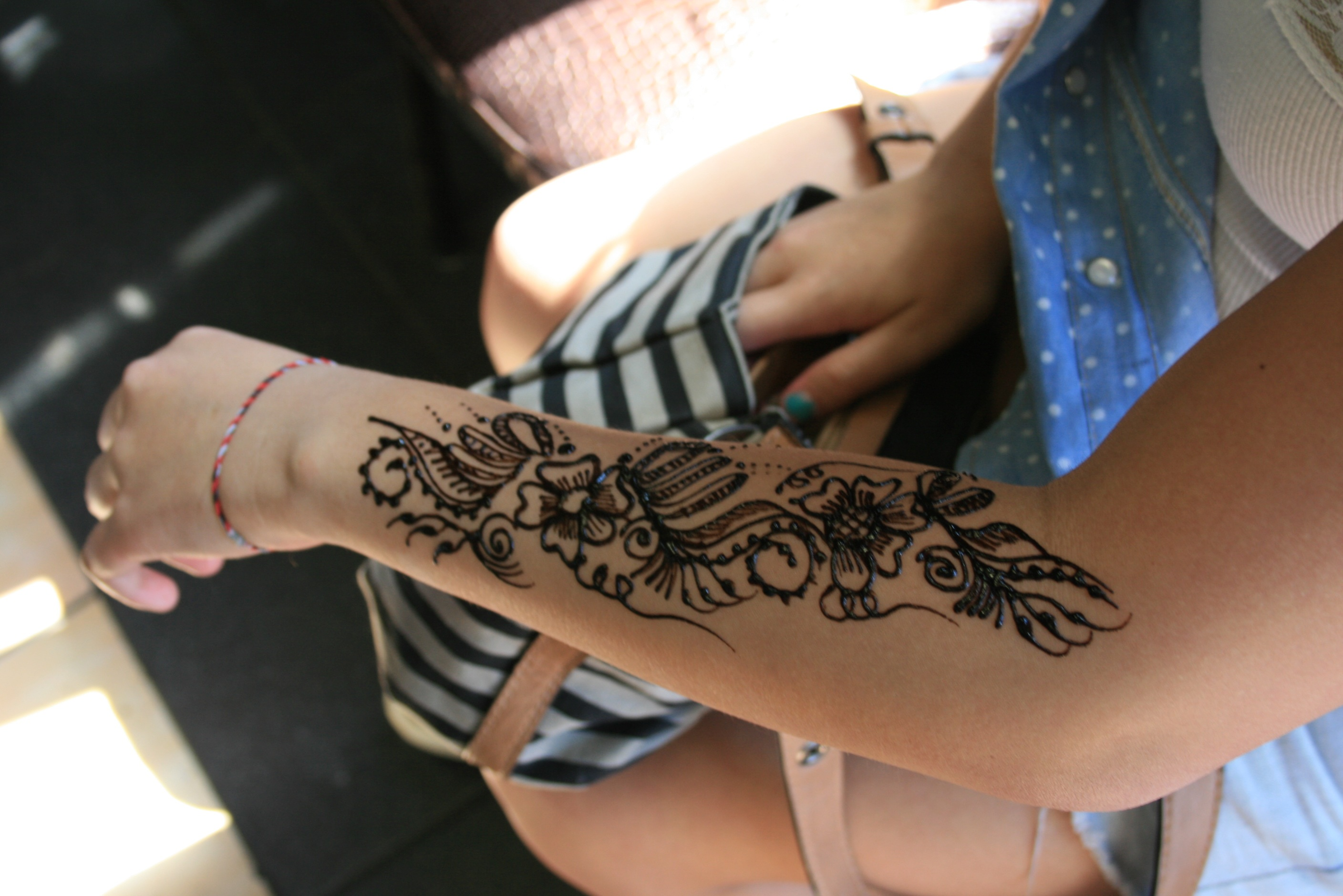 Awesome Henna Tattoo Design On Arm