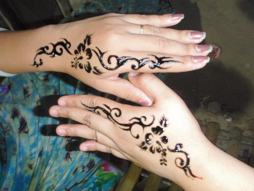 Couple Henna Hand Tattoo Designs