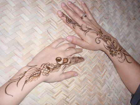 Wonderful Henna Tattoos On Hands