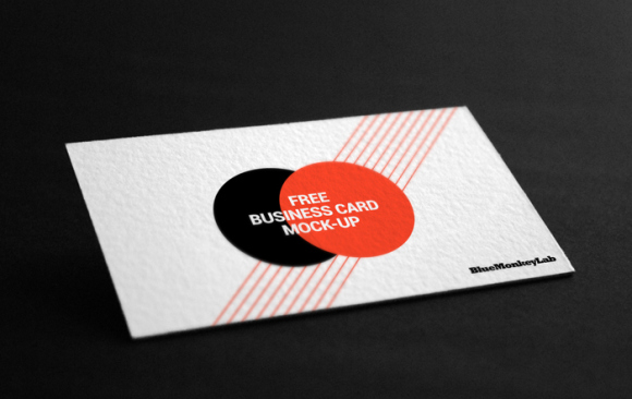 free_business_card_mock_up_02