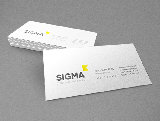free_business_card_mock_up_10