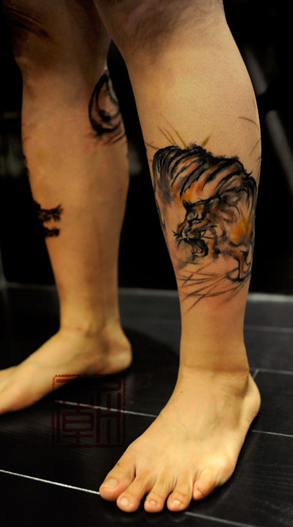 Tiger tattoo on leg