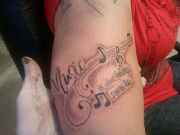 Music notes on side