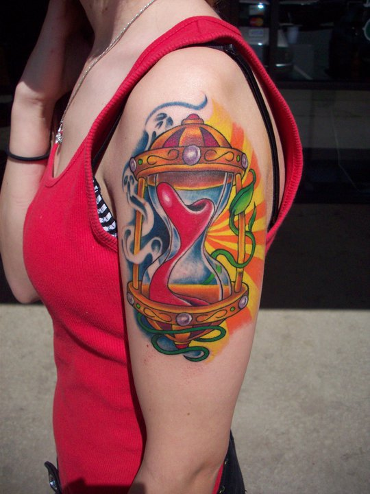 Abstract Hourglass Tattoo On Left Shoulder