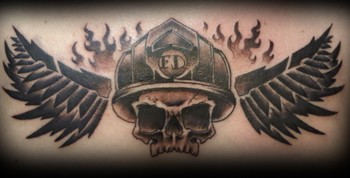 Skull Firefighter with wings