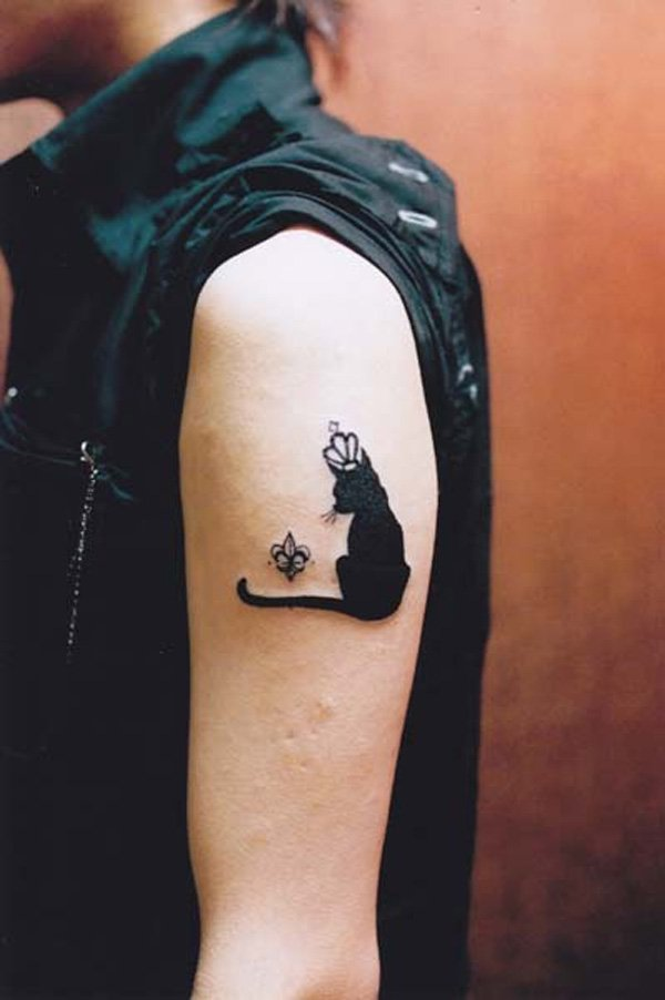 41 cute cat tattoos design desiznworld for Small bicep tattoos